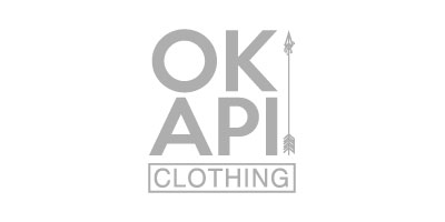 Logotipo en gris de Okapi Clothing